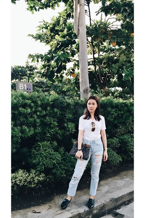 casio watch - vero cuio shoes - Forever 21 jeans - Native bag - Guess sunglasses