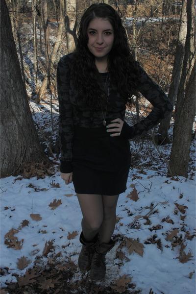 Forever 21 shirt - Forever 21 skirt - Ebay boots
