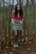 Forever 21 sweater - H&M skirt - Mia boots - Gap belt - Urban Outfitters necklac