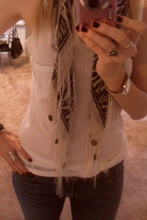 Charming Charlie bracelet - Charlotte Russe accessories - parasuco jeans - H&M t