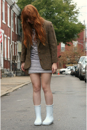 brown tweed vintage blazer - white rain Tretorn boots - white stripe H&M dress