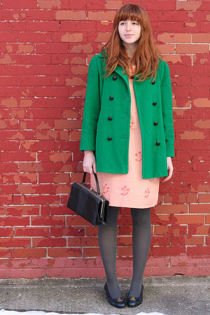 bubble gum 60s vintage dress - green vintage coat - gray H&M tights - black box