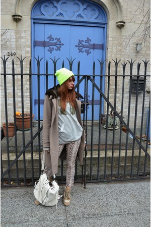 Elie Tahari jacket - Topman hat - Urban Expressions bag - Zara pants