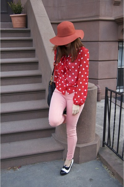 red polka dots H&M shirt - Steve Madden shoes - salmon Forever21 jeans