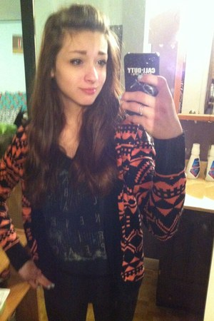 bubble gum tribal PacSun cardigan - black Kira shirt