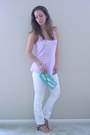 White-jeans-turquoise-blue-bcbg-bag-light-purple-top