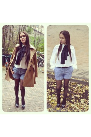 H&M coat - black Halens shoes - blue H&M shorts - white GINA TRICOT blouse