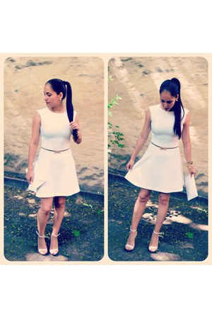 white H&M dress - golden metal belt - white sandals