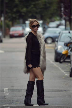 faux fur River Island coat
