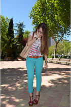 maroon wedges - white Bershka t-shirt - aquamarine pants