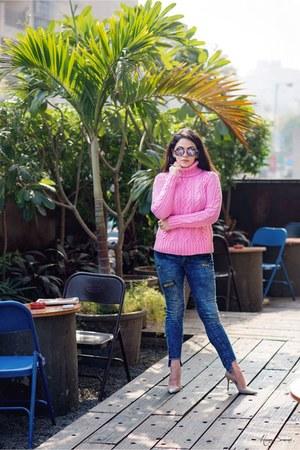 bubble gum Ralph Lauren sweater - navy patchwork jeans jeans - peach heels