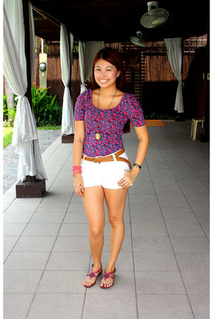pink Forever 21 top - brown SM Dept Store belt - white babo shorts - pink Grendh