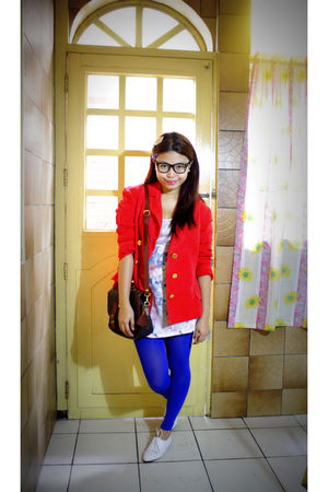 red vintage belt - pink Newlook top - blue random brand tights - white Pill clot