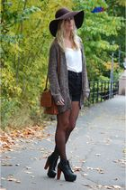 brown vintage purse - black platform Jeffrey Campbell shoes