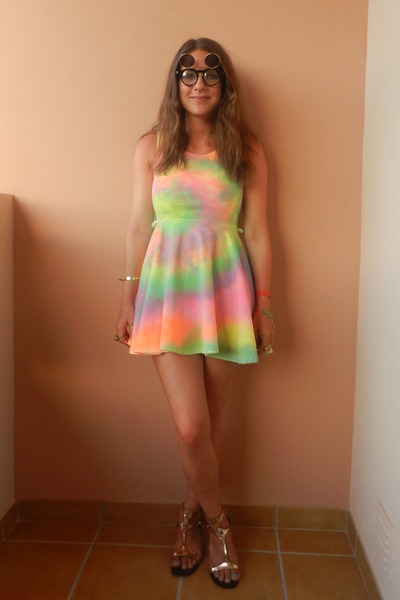 chartreuse tie dye DIY dress