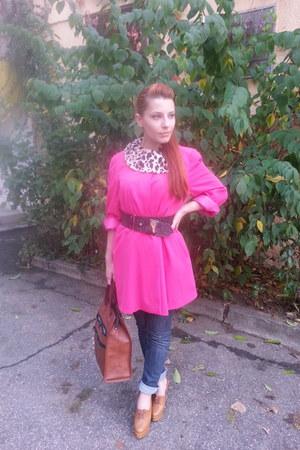 vintage coat - vintage bag - Moschino belt