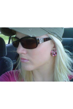 American Eagle hat - Esprit sunglasses - vintage earrings