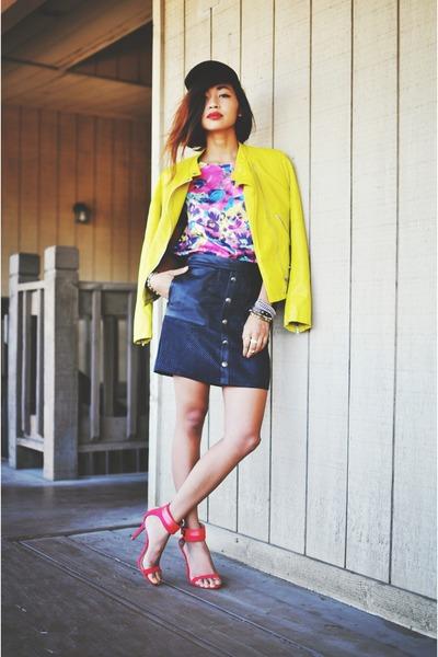 hot pink floral furor moda blouse