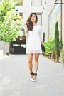 White-choies-dress