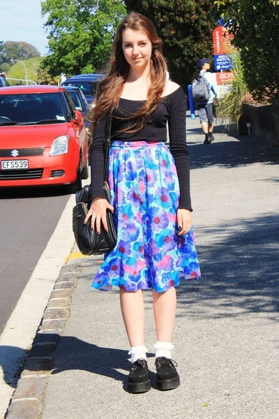 creepers Demonia shoes - floral Secondhand skirt