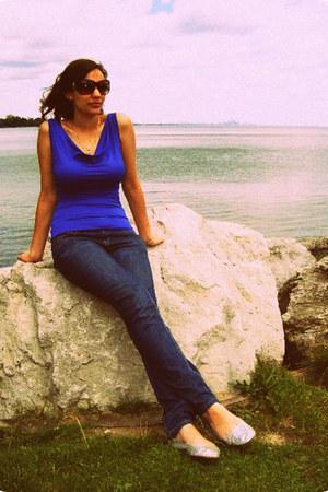 Ardene flats - Bluenotes jeans - Costa Blanca top