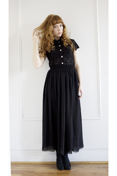black lace vintage blouse - black sheer American Apparel skirt