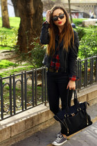 Choies shirt - ray-ban sunglasses - Zara pants - H&M belt