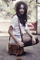 boater flea market hat - shirt - messenger bag - diy bleached shorts - love conn