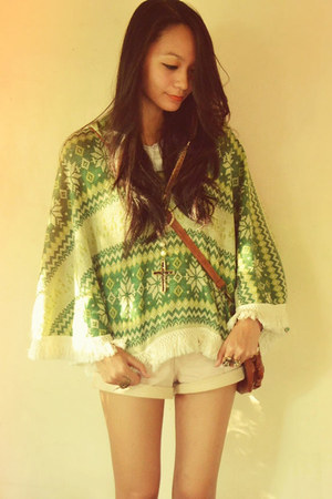 satchel bag - frayed shorts - aztec cape