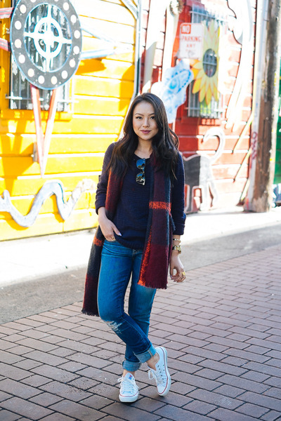 tribal Olive & Oak sweater - distressed Gap jeans