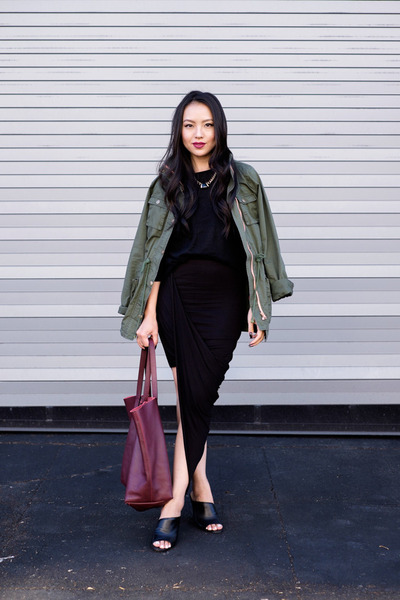 utility Stitch Fix jacket - tote Cuyana bag - asymmetrical Nordstrom skirt