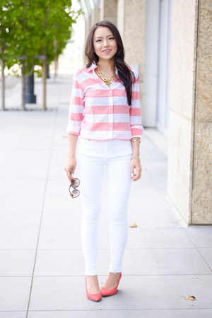 white distressed asos jeans - red stripes banana republic shirt