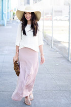 peach maxi Charlotte Russe skirt - floppy hat JCrew hat
