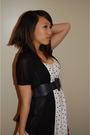 Blue-forever-21-belt-white-friends-moms-dress-dress-charlotte-ruse-cardigan