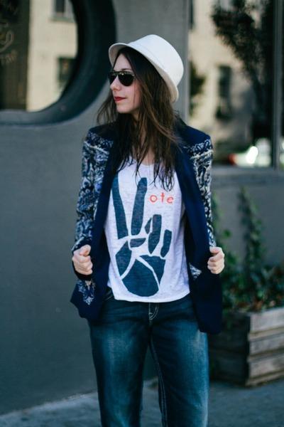 navy printed Zara blazer - blue Silver Jeans Co jeans - eggshell Stetson hat