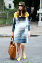 navy striped Old Navy dress - tawny Fossil bag