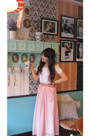 white lace sleeves morning kiss blouse - bubble gum pants