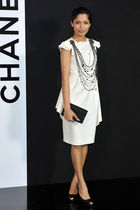 white Chanel dress - black necklace - black purse - black shoes