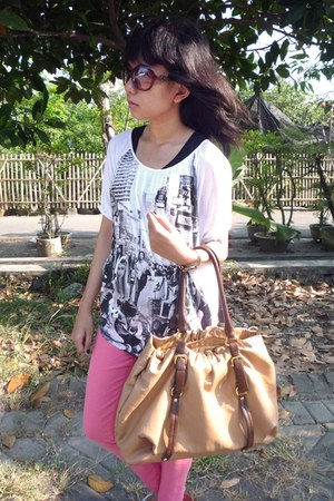 neon jeans - Prada bag - oversized t-shirt
