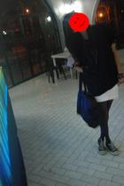 giordano shirt - Zara skirt - stockings - 5cm purse - Converse shoes