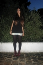 Zara t-shirt - Calzedonia tights - Zara jeans - acccesorize accessories - thrift
