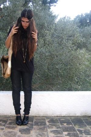 Zara t-shirt - Zara jeans - Bag accessories - H&M accessories - vintage accessor