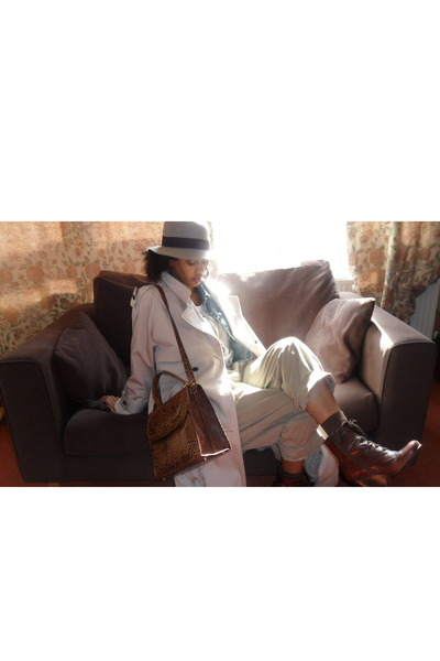 beige vintage coat - silver H&M hat - brown vintage purse