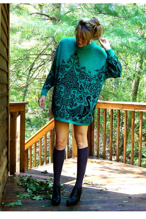 green vintage jumper sweater - gray Forever 21 socks - black Forever 21 shoes