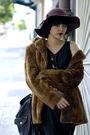 Dress-hat-shoes-coat