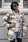 Cardigan-h-m-shorts-urban-renewal-blouse