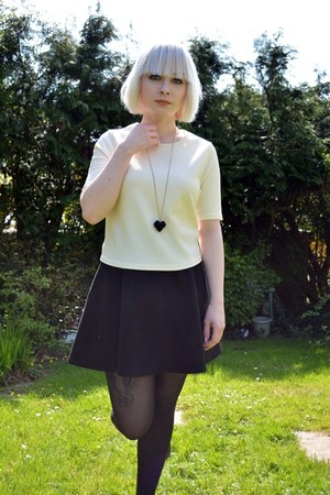 cream Primark top - black H&M skirt - black unknown necklace