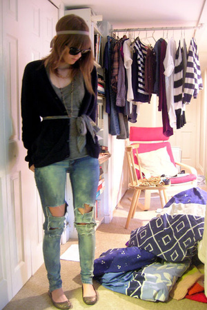 hand-me-down sweater - Urban Outfitters shirt - olddiy jeans - little burgundy s