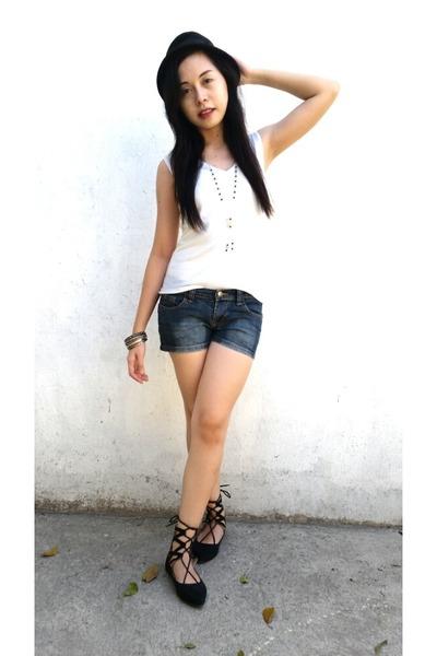 black velvet lace ups S&H shoes - white plain Buona Giornata shirt