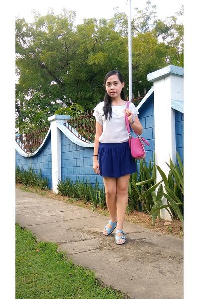 hot pink Aldo bag - blue skirt